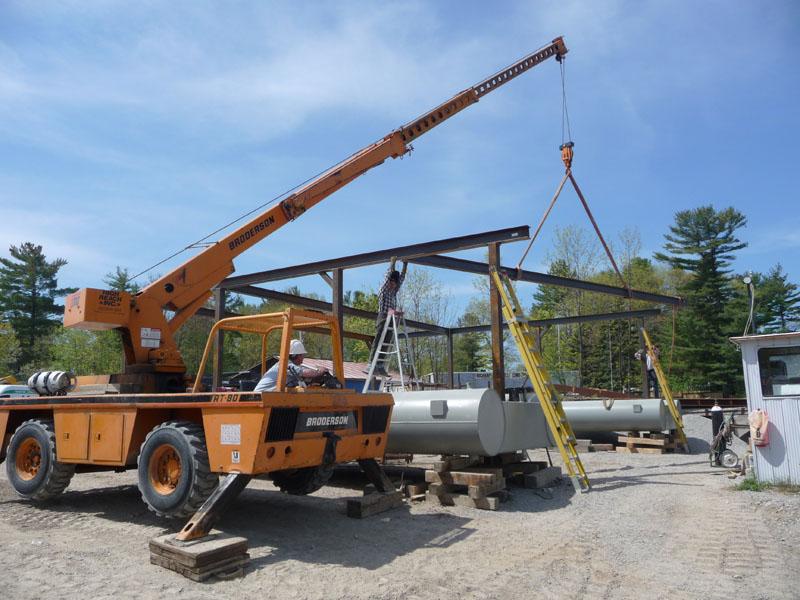 Broderson 8 Ton Crane